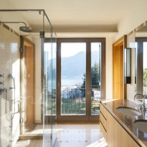 Glass shower doors and enclosure custom fit