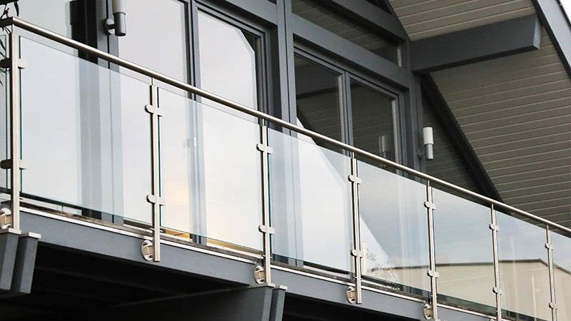 glass handrail on outdoor patio